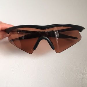 3dea0e7936fe germany oakley flak beta 84a9e 060f1; new zealand oakley accessories oakley  sunglasses 1bfe1 4d1f1